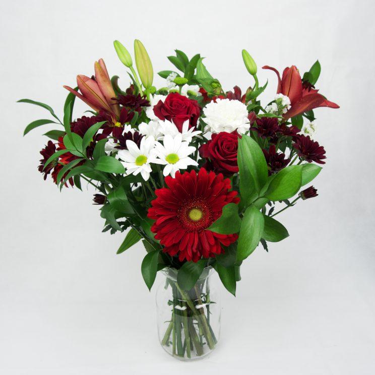 Ramo de flores rojas