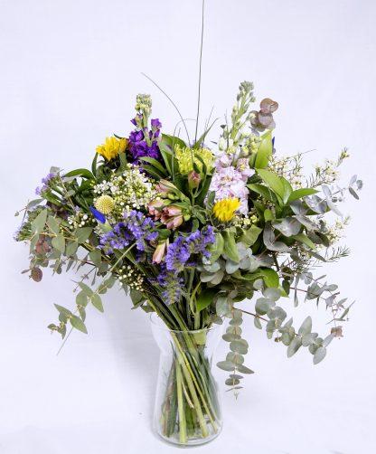 ramo de flores estilo silvestre