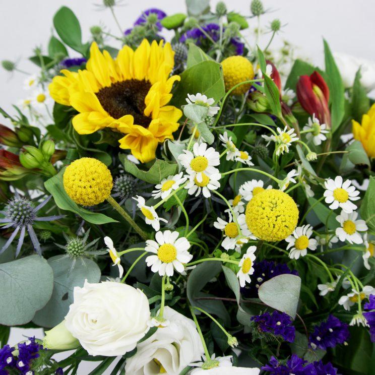 Ramo de flores variadas silvestre